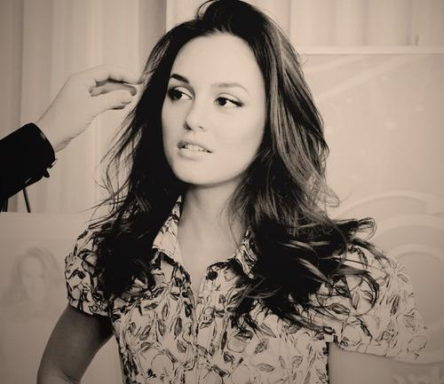 Leighton Meester had to dye her naturally blonde hair brunette merely to audition for the role of Blair Waldorf. TRUE OR FALSE ??
