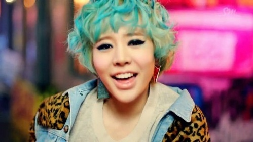 Sunny is consider a twin to what other member? Who is she?