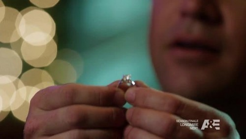 In What episode Jim proposes to Callie?
