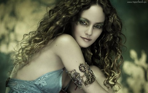 What character did Vanessa Paradis not play?