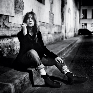"Patti Smith sang ""________ Rose"""