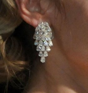 In what 2009 event did Kate weat these earrings?