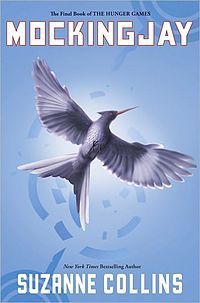 In Mockingjay. When does Katniss make& give Johanna a present for her to keep in her drawer?
