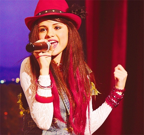"What song did Selena ""sing"" when she was Mikayla on Hannah Montana?"