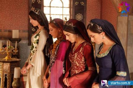 Who is the first woman of Sultan Suleiman?