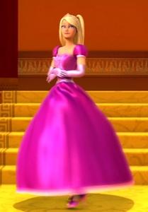 How many people wears the dress?