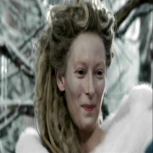 In the film LWW who is the first person Jadis speaks to?