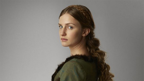 Who plays Anne Neville?