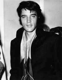 What year was Elvis Presley born