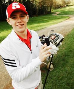 How old was Niall when he started to play golf?