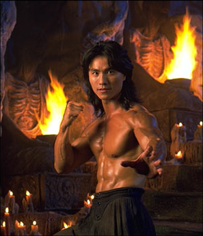 Who plays the role of Liu Kang in the 'Mortal Kombat' movie?