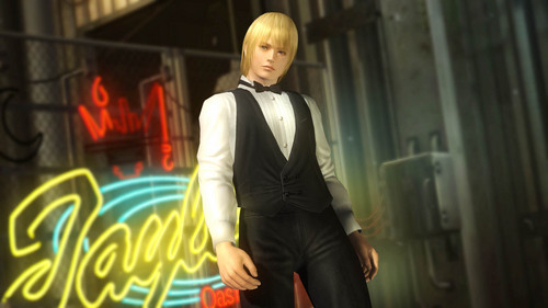 How old is Eliot in 'Dead oder Alive 5?'