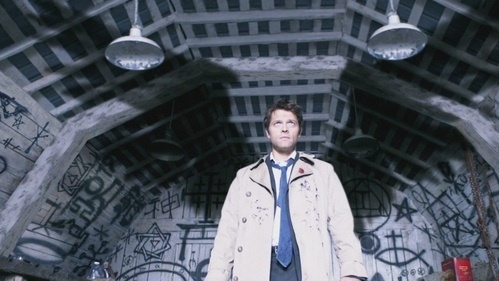 Who is Castiel showing his true nature to?