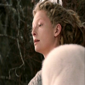 Who is Jadis looking at here?