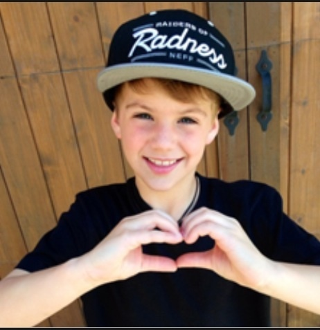 Who dose Matty B like?