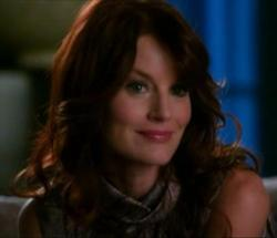 Which ABC Family show does Laura Leighton (Sydney Andrews) play the mother of the main character?