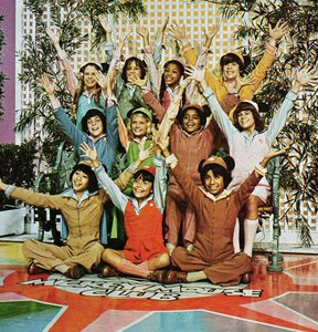"""This is the updated version of """"The Mickey ratón Club"""" in the mid-70's"""