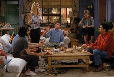 """Which famous Hollywood actor appeared in an episode of """"Friends"""" as Joey's co-star?"""