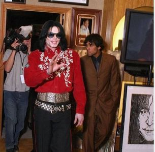 What city was this photograph taken of Michael back in 2004