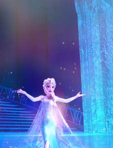 In what kind of braid is Elsa's hair styled in her Snow Queen form?
