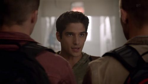 Who is Scott talking to in this scene.