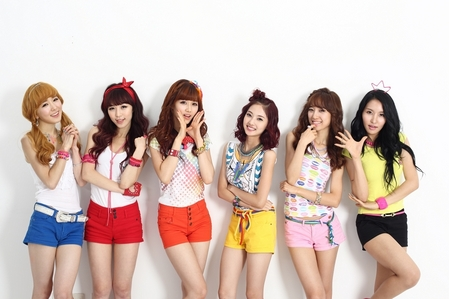 What was BBde Girl debut song?