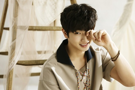 What was Jung Jinwoon's solo debut song?