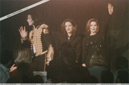 This was photograph of Michael and his family was taken while in attendance at tribute concert for Elvis Presley back in 1994