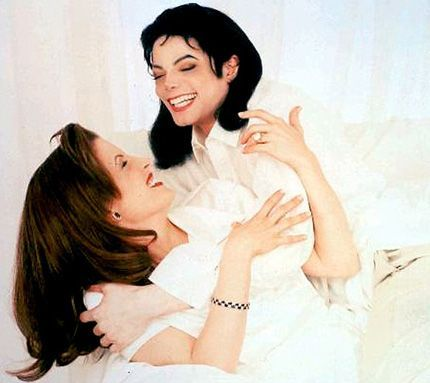 Who interview Michael and Lisa Marie back in 1995