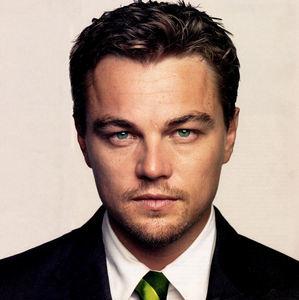 Who is Leonardo currently dating?