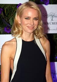 Which Naomi Watts movie has her playing a woman who falls in love with her best friend's son and vice versa?