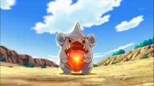 Who always got hurt sa pamamagitan ng Ash's Gible's Draco Meteor whenever he had trouble controlling his aim?