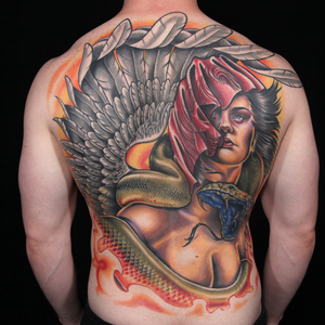 This back piece of Ink Master's season 4 finale was made por whom?