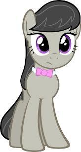 Which cutie mark belongs to this pony?