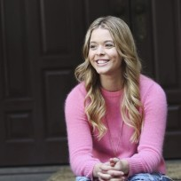 What was the name of the girl who was found in Alison's grave?