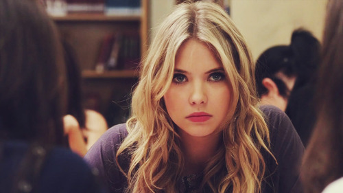 What was Hanna dressed up as to go on the Halloween Train?