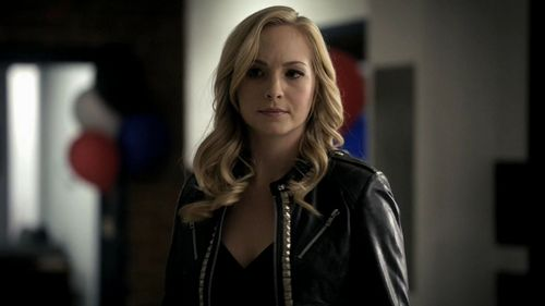 What was the first episode where we see Damon compell Caroline?