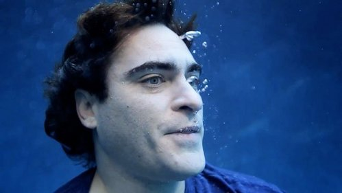 True یا False: Joaquin Phoenix is a vegan.
