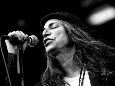 Who's song did Patti Smith not cover on 'Twelve'?