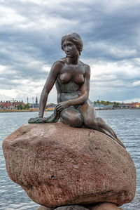 The Little Mermaid statues, where is the place ?