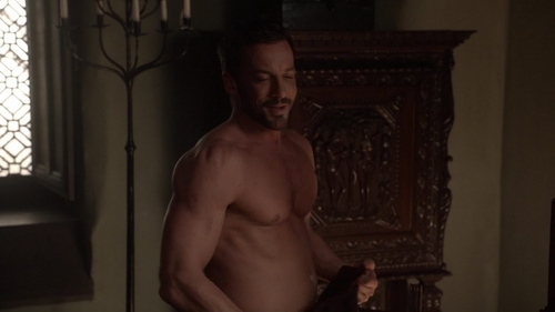 "With whom does Narcisse make out in ""Tempting Fate"" (2x17)?"