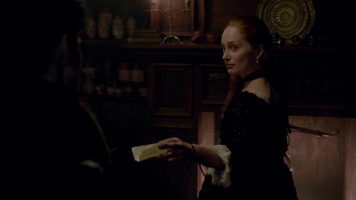 "Why did Geillis send Claire a note at the end of ""By the Pricking of My Thumbs"" (1x10)?"