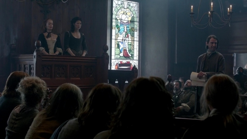 "How many people testify in Geillis and Claire's trial in ""The Devil's Mark"" (1x11)?"