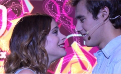 Which episode did Violetta sing podemos with Leon?