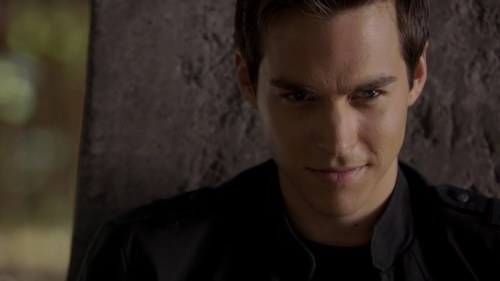 Tvd: Who is Kai's twin sibling?