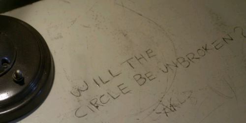 """A's Messages: Who got this text: """"Will the circulo, círculo Be Unbroken? -A """"?"""