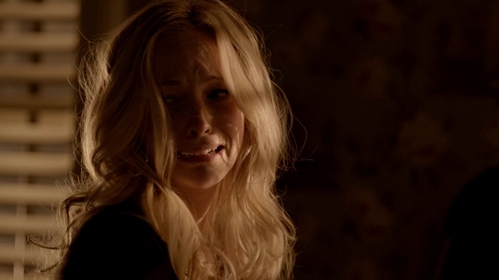 """How does Caroline get her humanity back in """"Because"""" (6x19)?"""