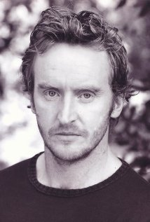 Tony Curran who plays Priest in Blade 2 also acts as a vampire in what other movie?