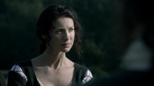 At the end of Season 1, how many people know the truth about Claire?