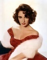 In which tahun did Elizabeth Taylor passed away?